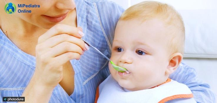 Cuándo introducir la cena en la alimentación del bebé