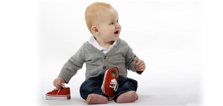 A qué edad se puede sentar un bebé